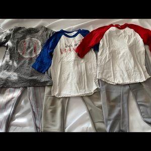 Boys baseball clothes size small (6-8)